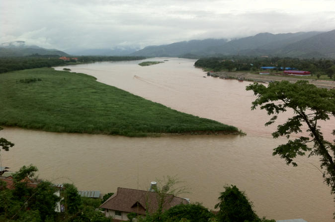 Full-Day Chiang Saen Golden Triangle and Hill Tribes of Mae Sai From Chiang Rai