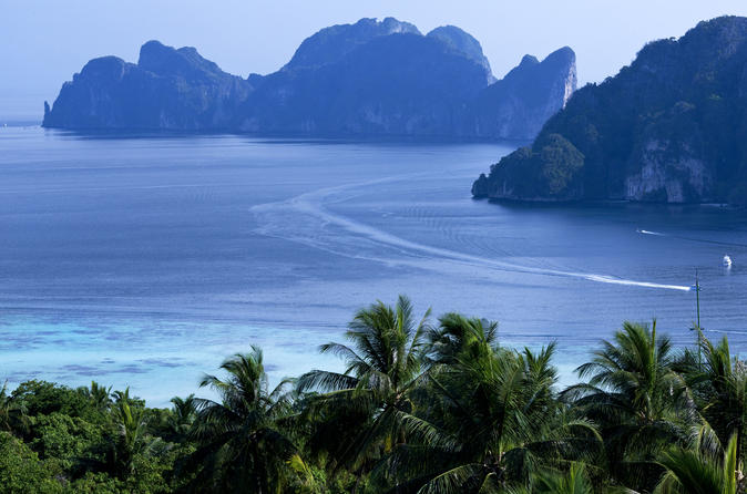 Phi Phi Island Full-Day Tour by Speedboat including Lunch from Phuket