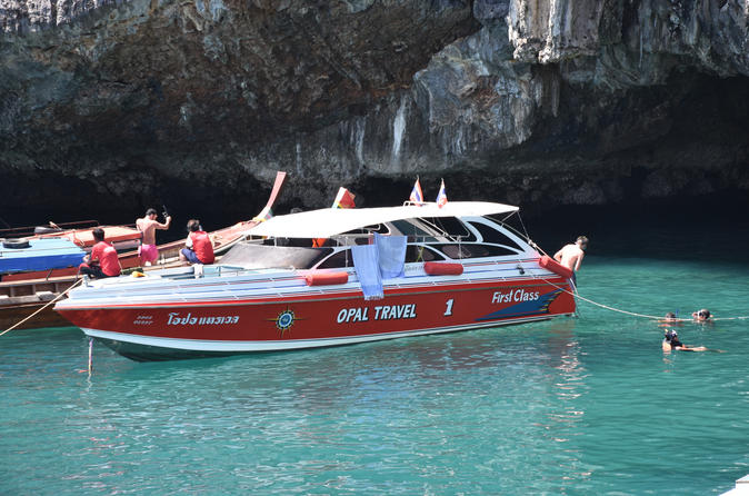 4 Island Snorkel Tour to Emerald Cave by Speed Boat from Koh Lanta""