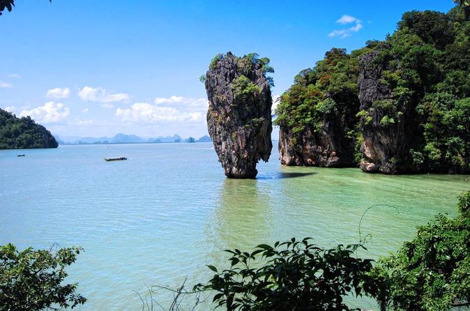 Excursão diurna na Ilha de James Bond, saindo de Krabi de barco com opção de caiaque