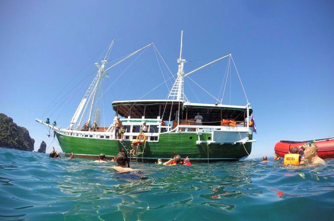 Phi Phi Highlights And Sunset Cruise On The Wooden Sailing Boat - Ko Phi Phi Don