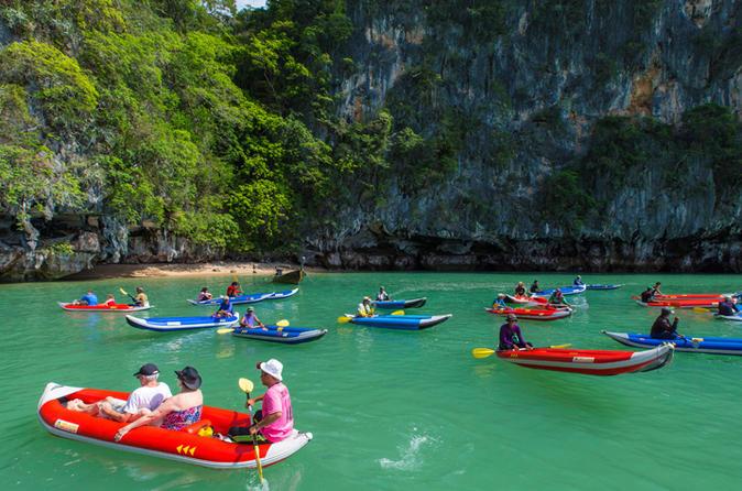 Phang Nga Bay: Tagesausflug mit Kajak und Schnorcheloption ab Phuket