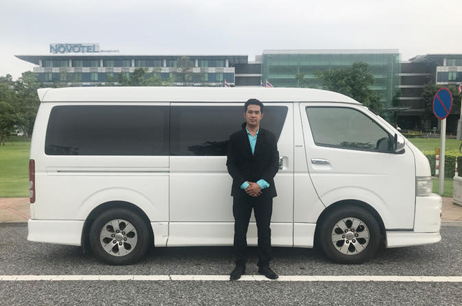 Private Bangkok Airport or Hotel Transfer for Small-Group