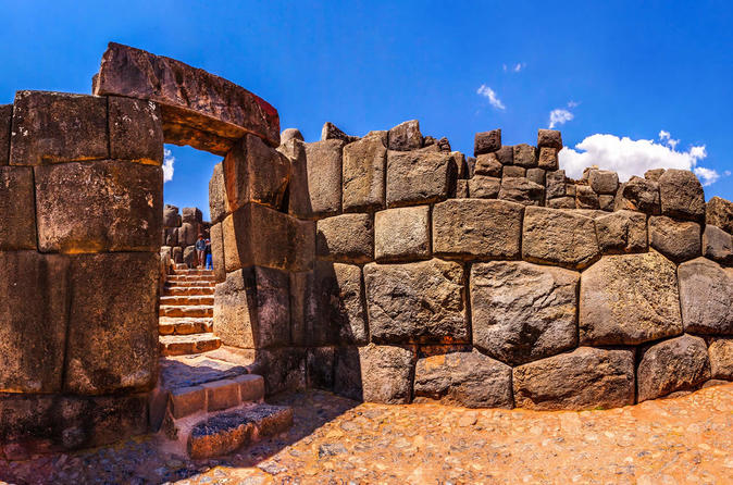 Private Hiking Half Day Tour To Sacsayhuaman - Cusco