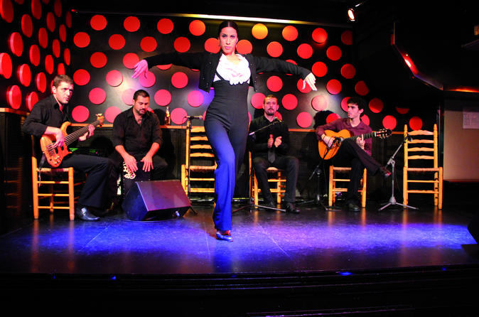 Tapas Walking Tour and Flamenco Show in Barcelona