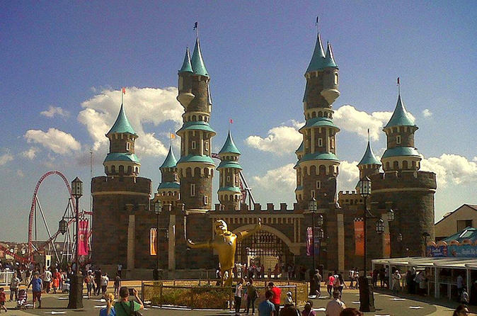 4-Day Family Tour From Istanbul: Vialand, Aquarium And Shopping